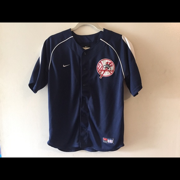 new styles 75b52 0ee6d Nike New York Yankees jersey. Large(16/18)